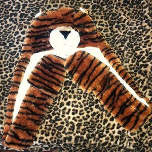 Other - Tiger hood and glove one piece